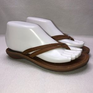 Olukai Light Brown Leather Flip Flops 6.5